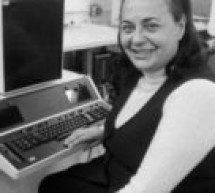 """رحيل مخترعة """"الطابعة الإلكترونية"""" إيفلين بيريزين عن عمر يناهز 93 عاما"""