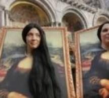 المرأة العربية تجسّد حلمها بالريشة والألوان