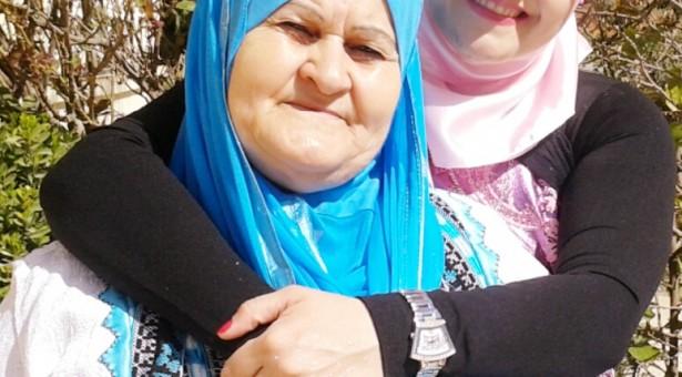 نعيمة المشايخ أم الأديبة د.سناء الشعلان تتحدث عن تجربة أمومتها